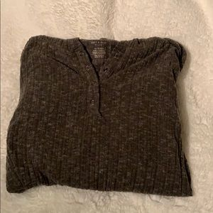 American Eagle Ribbed Quarter Buttoned shirt
